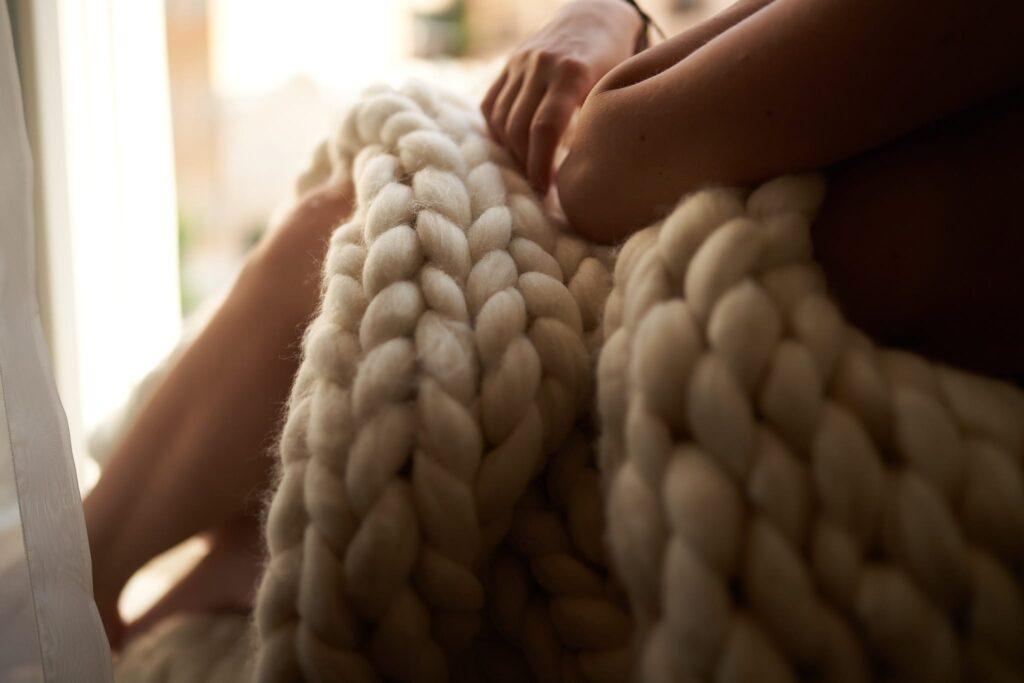 8 úžasných vlastností ovčí vlny. Deka z ovčí vlny