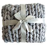 Pletený polštář z ovčí vlny – ruční výroba